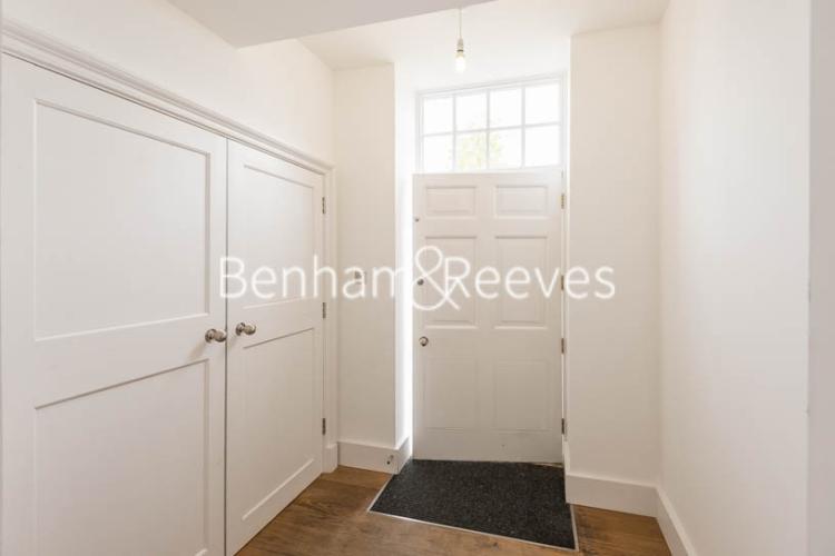 3 bedroom(s) flat to rent in Roehampton House, Roehampton, SW15-image 5