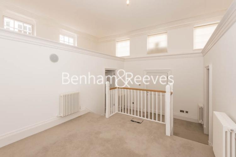 3 bedroom(s) flat to rent in Roehampton House, Roehampton, SW15-image 8