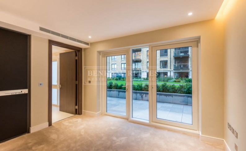 2 bedroom(s) flat to rent in Regatta Lane, Fuhlam Reach, W6-image 4