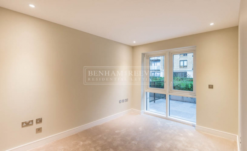2 bedroom(s) flat to rent in Regatta Lane, Fuhlam Reach, W6-image 5