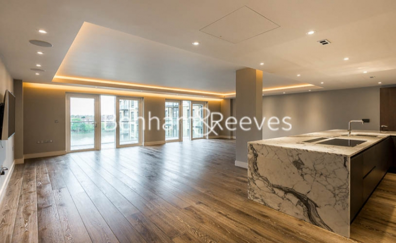 4 bedroom(s) flat to rent in Regatta Lane, Hammersmith, W6-image 1