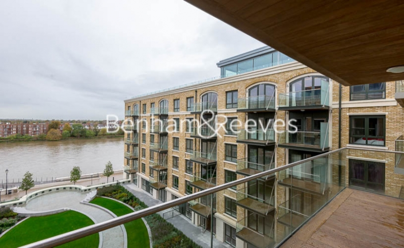 4 bedroom(s) flat to rent in Regatta Lane, Hammersmith, W6-image 5