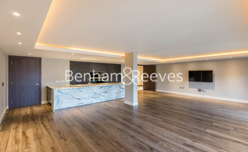 4 bedroom(s) flat to rent in Regatta Lane, Hammersmith, W6-image 13