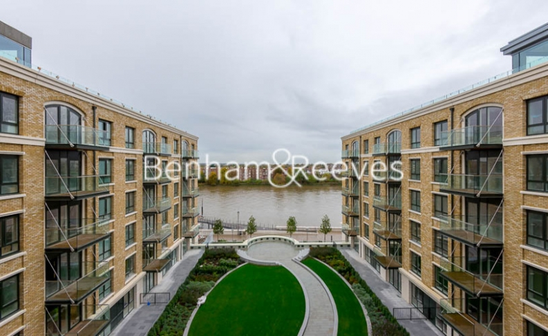 4 bedroom(s) flat to rent in Regatta Lane, Hammersmith, W6-image 19