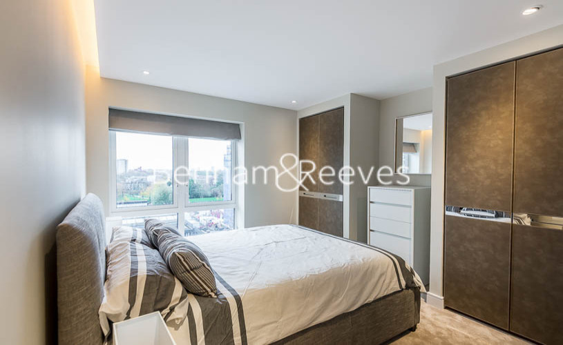 2 bedroom(s) flat to rent in Distillery Wharf, Hammersmith, W6-image 3