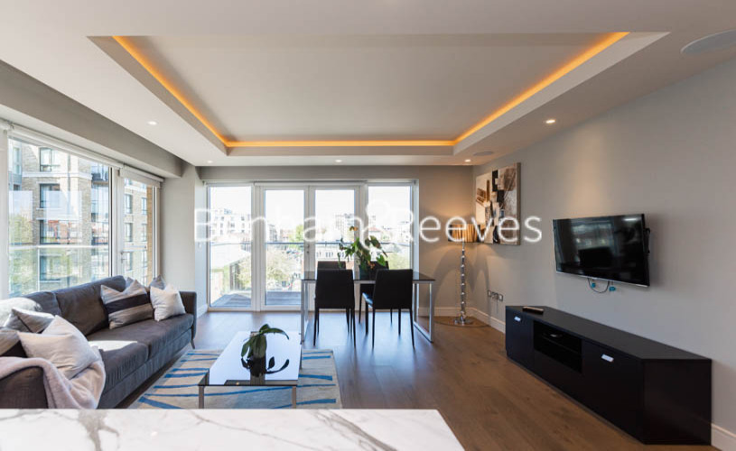 2 bedroom(s) flat to rent in Fulham Reach, Hammermsith, W6-image 12