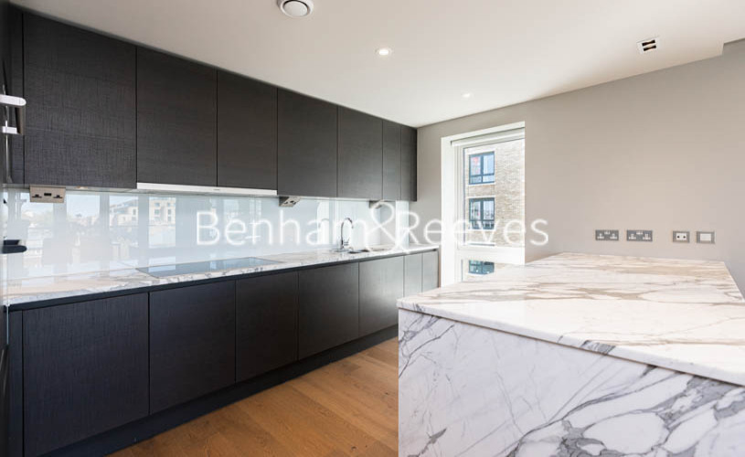 2 bedroom(s) flat to rent in Fulham Reach, Hammermsith, W6-image 13