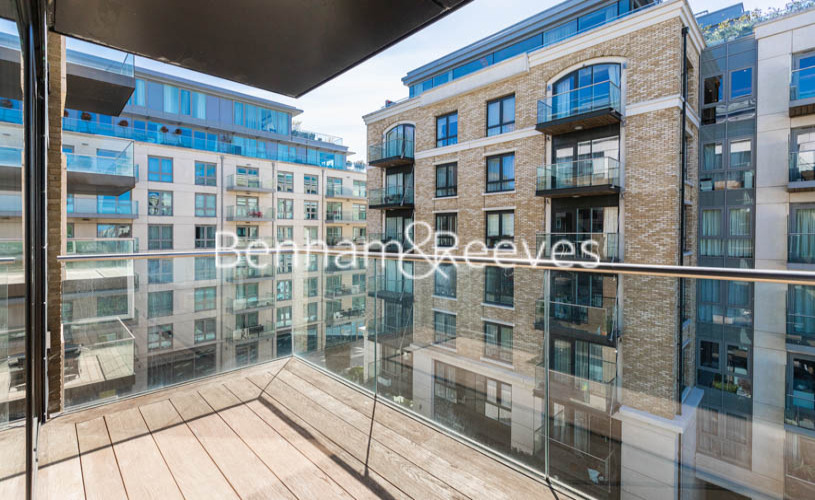 2 bedroom(s) flat to rent in Fulham Reach, Hammermsith, W6-image 16