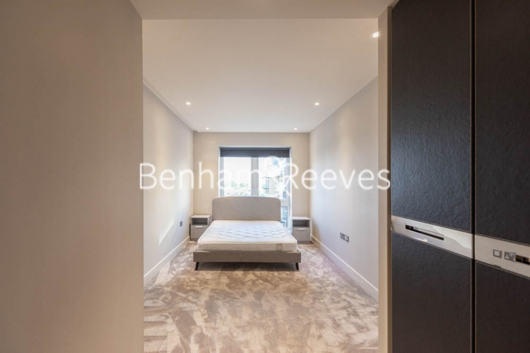 2 bedroom(s) flat to rent in Brunswick House, Fulham Reach, W6-image 8