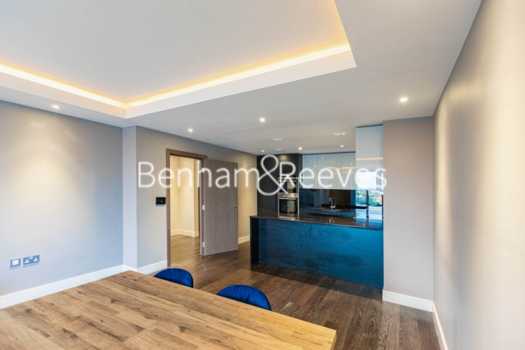 2 bedroom(s) flat to rent in Brunswick House, Fulham Reach, W6-image 12