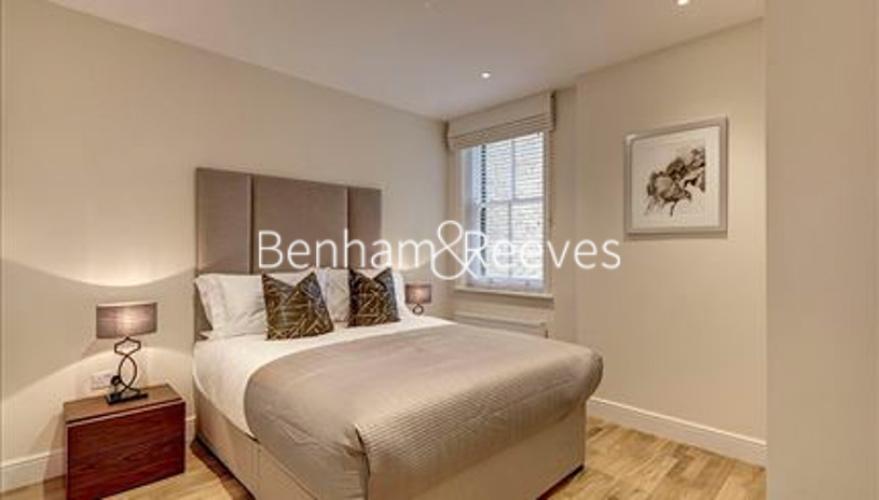 1 bedroom(s) flat to rent in Hamlet Gardens, Ravenscourt Park, W6-image 3