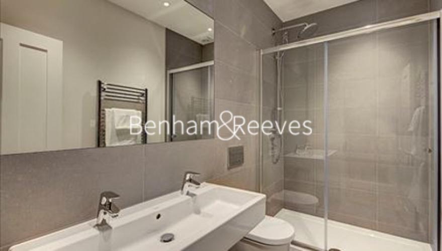 1 bedroom(s) flat to rent in Hamlet Gardens, Ravenscourt Park, W6-image 4