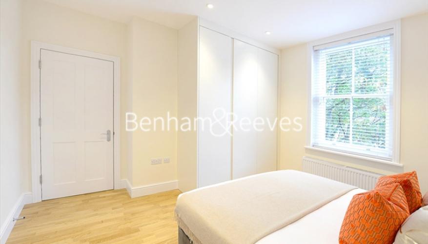 2 bedroom(s) flat to rent in Hamlet Gardens, Ravenscourt Park, W6-image 3