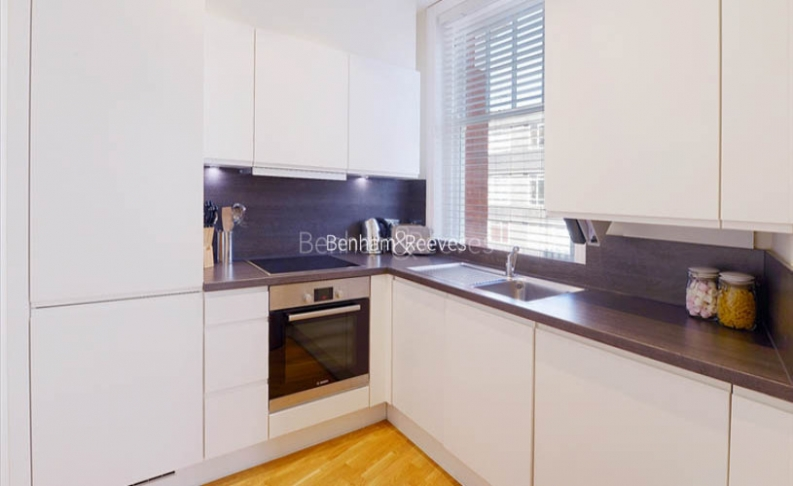1 bedroom(s) flat to rent in Ravenscourt Park, Hammersmith, W6-image 2