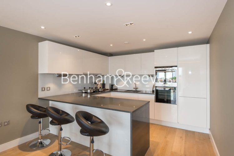 2 bedroom(s) flat to rent in Chancellor Road, Hammersmith, W6-image 2