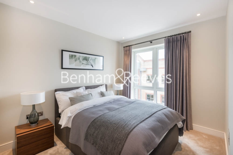 2 bedroom(s) flat to rent in Chancellor Road, Hammersmith, W6-image 8