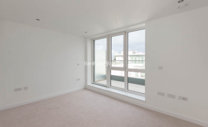 2 bedroom(s) flat to rent in Glenthorne Road, Hammersmith, W6-image 3