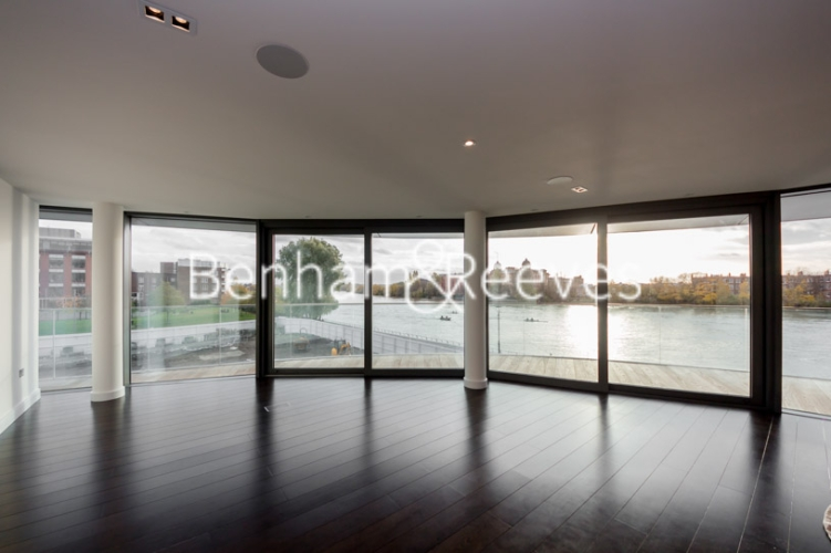 3 bedroom(s) flat to rent in GoldHurst House, Hammersmith, W6-image 1