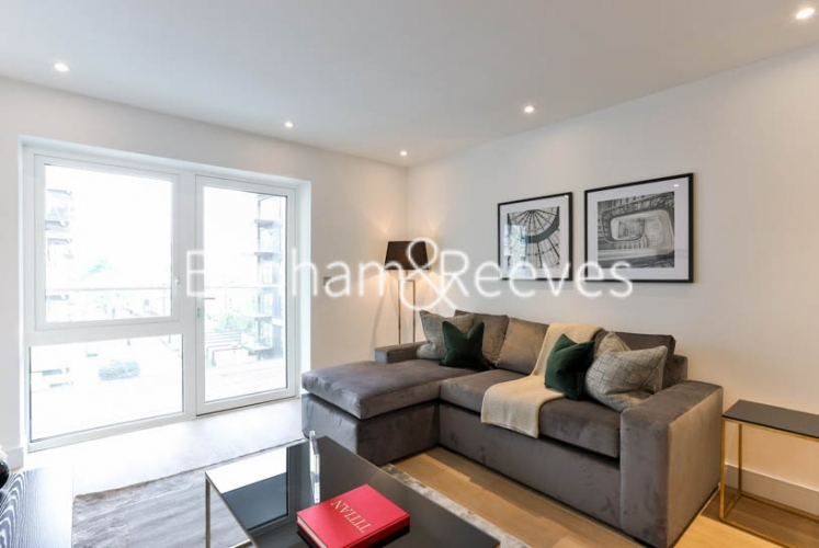 1 bedroom(s) flat to rent in Faulkner House, Hammersmith, W6-image 1