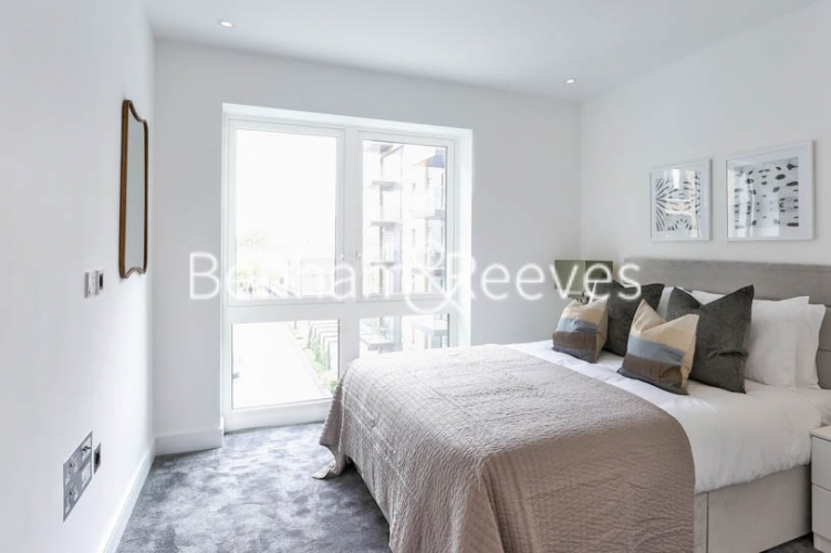 1 bedroom(s) flat to rent in Faulkner House, Hammersmith, W6-image 3