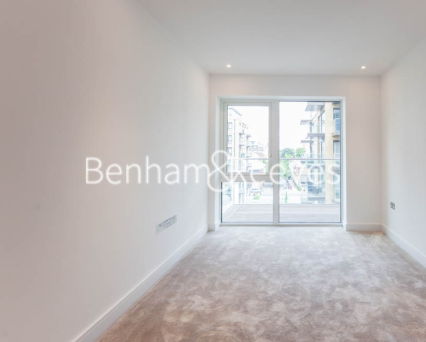 2 bedroom(s) flat to rent in Tierney Lane, Fulham Reach, W6-image 3