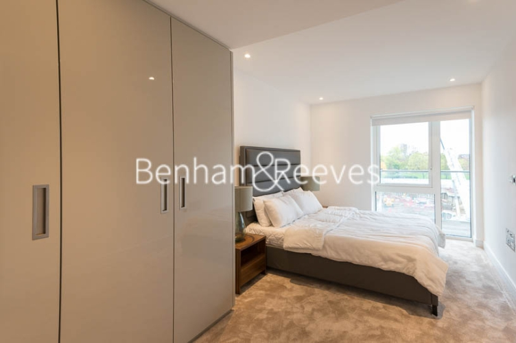 1 bedroom(s) flat to rent in Faulkner House, Fulham Reach, W6-image 8