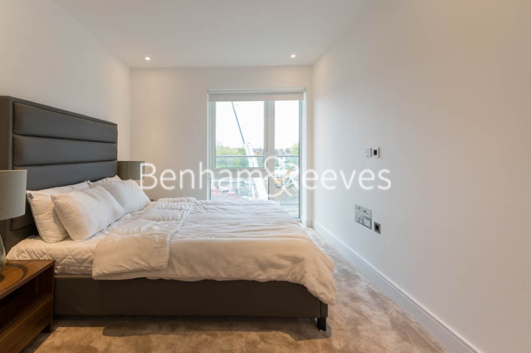 1 bedroom(s) flat to rent in Faulkner House, Fulham Reach, W6-image 10