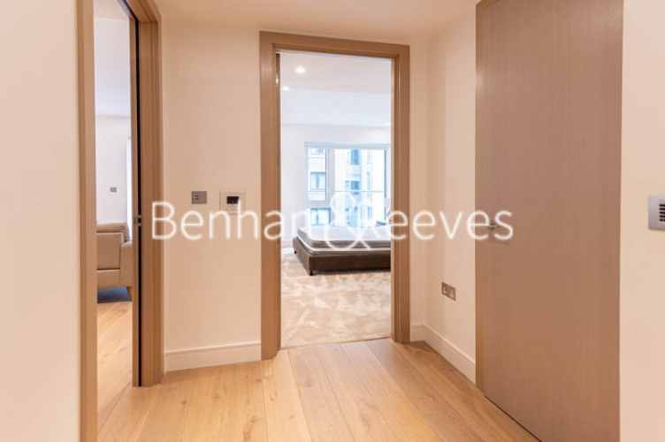 1 bedroom(s) flat to rent in Faulkner House, Fulham Reach, W6-image 12