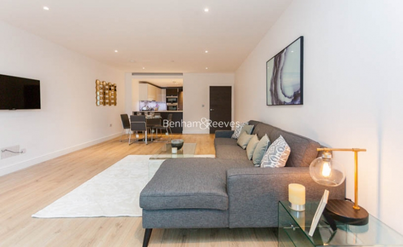 2 bedroom(s) flat to rent in Sovereign Court, Fulham, W6-image 15