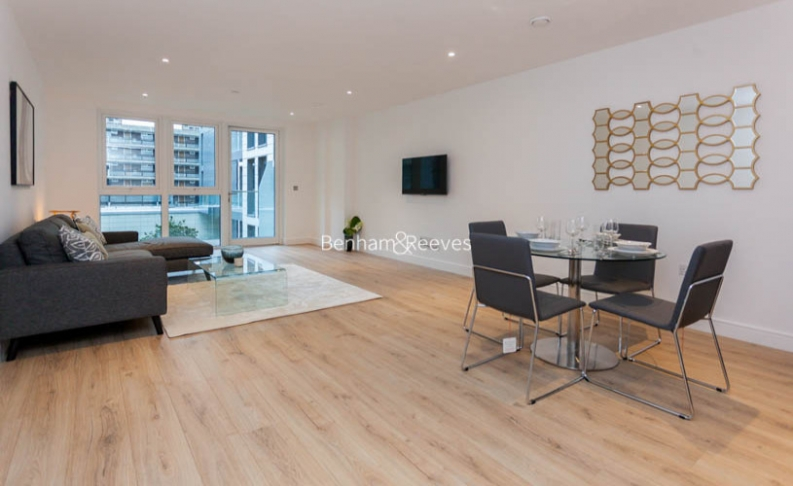 2 bedroom(s) flat to rent in Sovereign Court, Fulham, W6-image 16