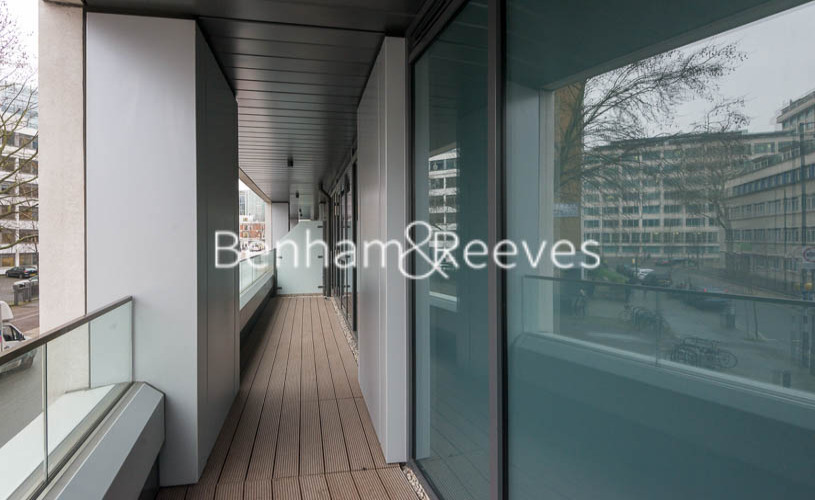 2 bedroom(s) flat to rent in Lancaster House, Sovereign Court, Hammersmith, W6-image 10
