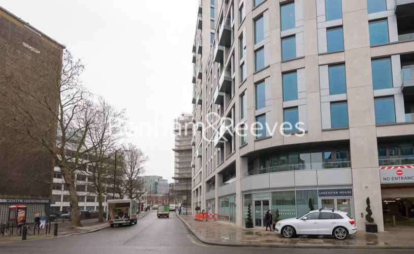 2 bedroom(s) flat to rent in Lancaster House, Sovereign Court, Hammersmith, W6-image 13