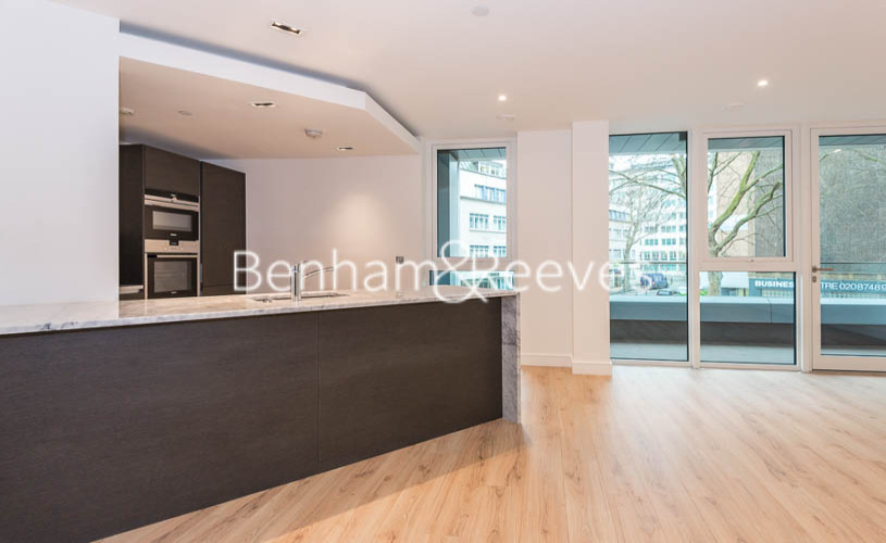 2 bedroom(s) flat to rent in Lancaster House, Sovereign Court, Hammersmith, W6-image 17