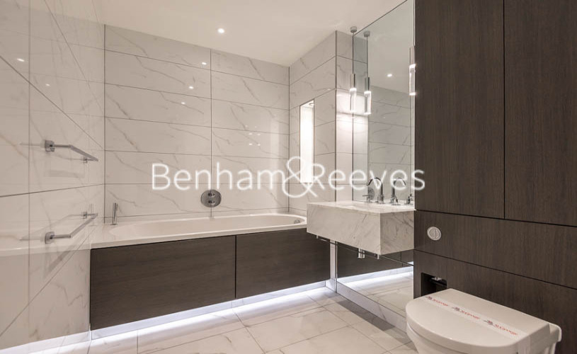 2 bedroom(s) flat to rent in Lancaster House, Sovereign Court, Hammersmith, W6-image 18