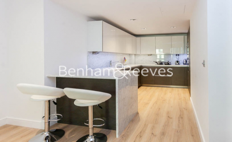 2 bedroom(s) flat to rent in Sovereign Court, Hammersmith, W6-image 2