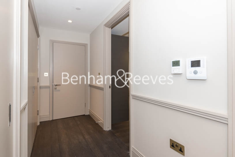 2 bedroom(s) flat to rent in Queens Wharf, Hammersmith, W6-image 12