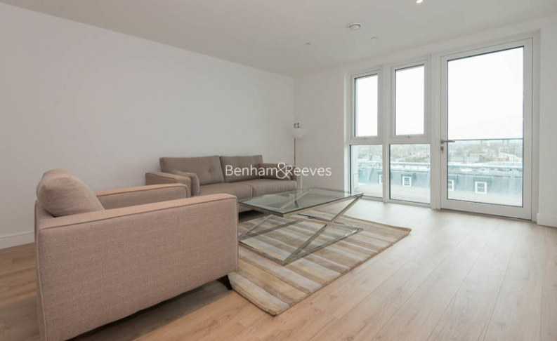 2 bedroom(s) flat to rent in Sovereign Court, Hammersmith, W6-image 17
