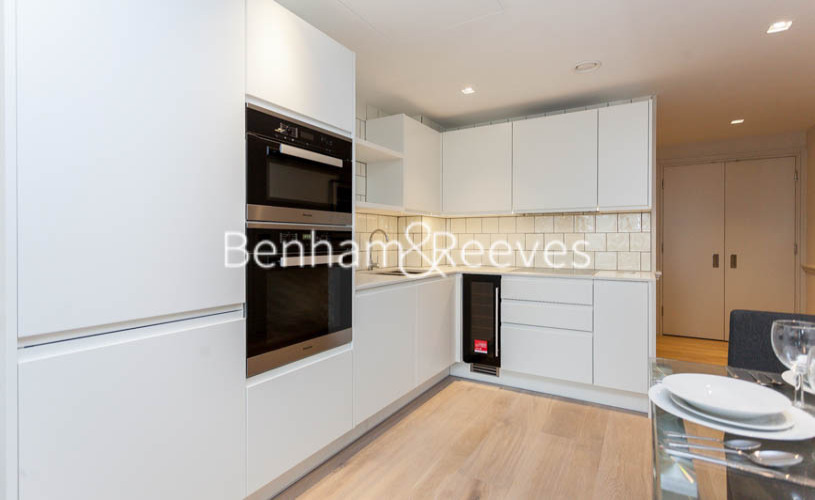 1 bedroom(s) flat to rent in Queens Wharf, Hammersmith, W6-image 2