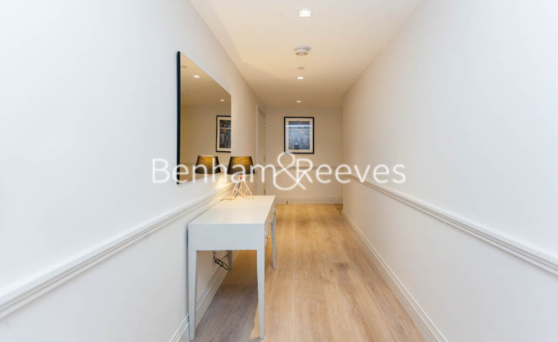 1 bedroom(s) flat to rent in Queens Wharf, Hammersmith, W6-image 7