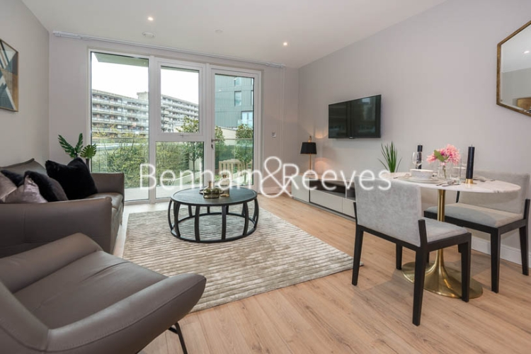 1 bedroom(s) flat to rent in Sovereign Court, Hammersmith, W6-image 7
