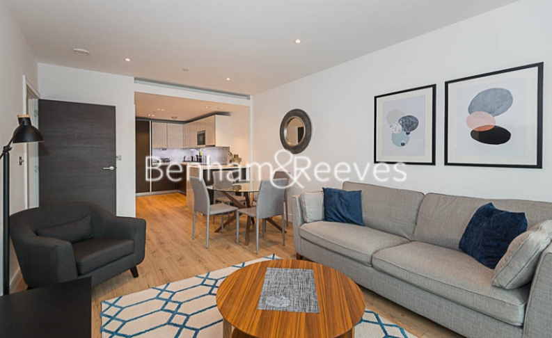 1 bedroom(s) flat to rent in Sovereign Court, Hammersmith, W6-image 1