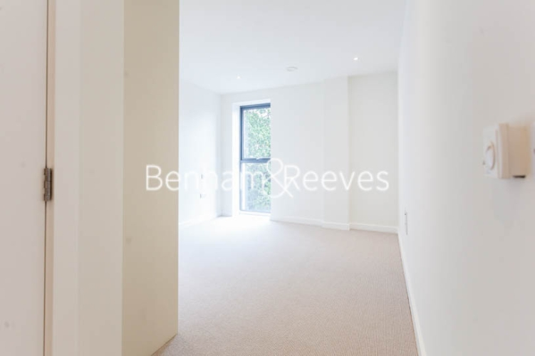 2 bedroom(s) flat to rent in Cambium, Southfields, SW19-image 8