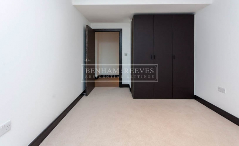 3 bedroom(s) flat to rent in Sovereign Court, Hammersmith, W6-image 9