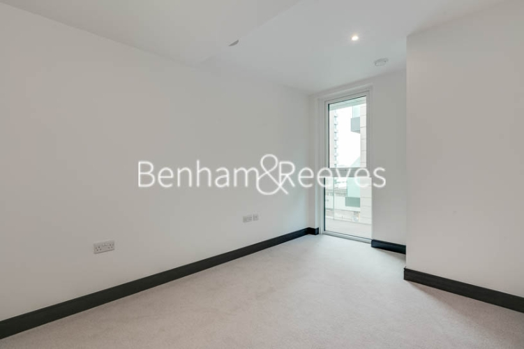 5 bedroom(s) flat to rent in Sovereign Court, Hammersmith, W6-image 3