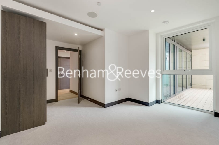 5 bedroom(s) flat to rent in Sovereign Court, Hammersmith, W6-image 9