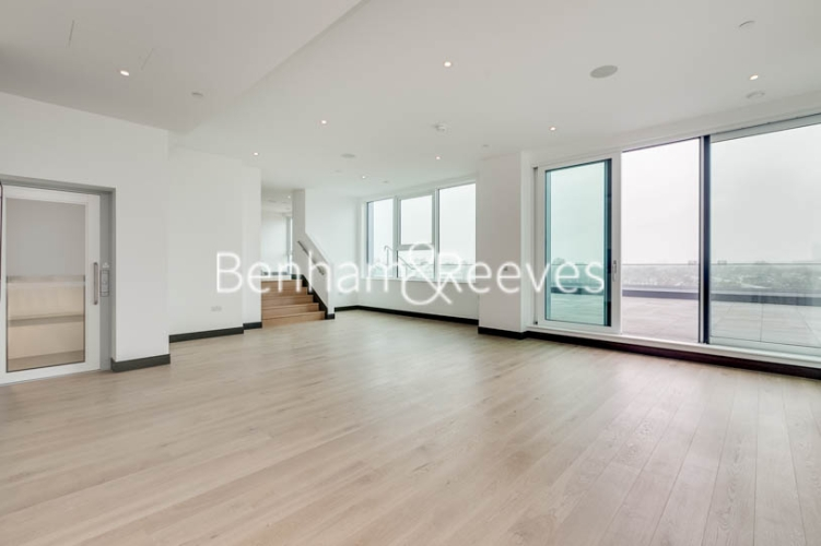 5 bedroom(s) flat to rent in Sovereign Court, Hammersmith, W6-image 11