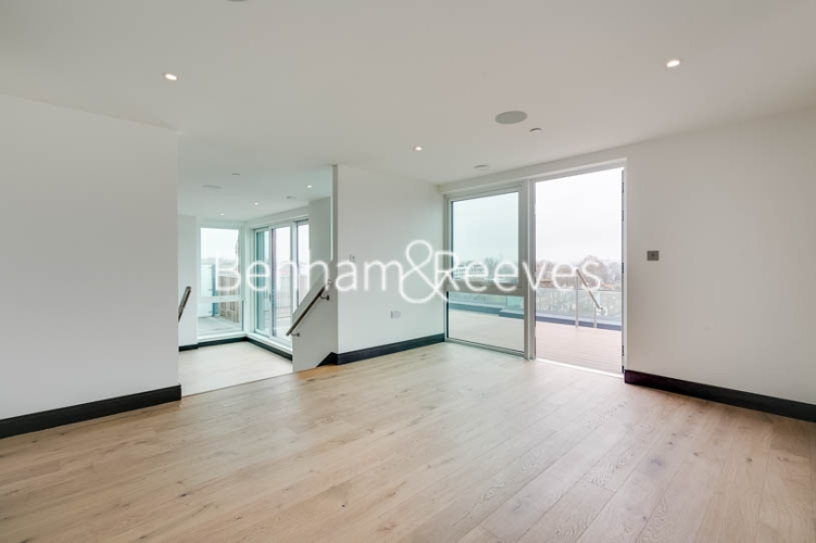 5 bedroom(s) flat to rent in Sovereign Court, Hammersmith, W6-image 14
