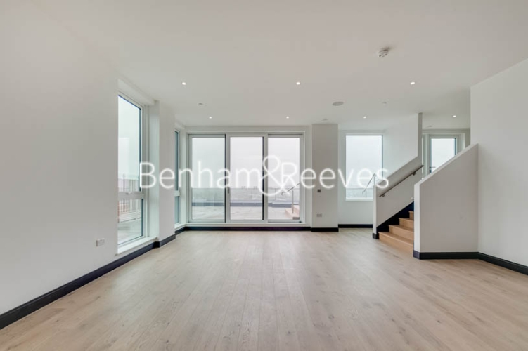 5 bedroom(s) flat to rent in Sovereign Court, Hammersmith, W6-image 15