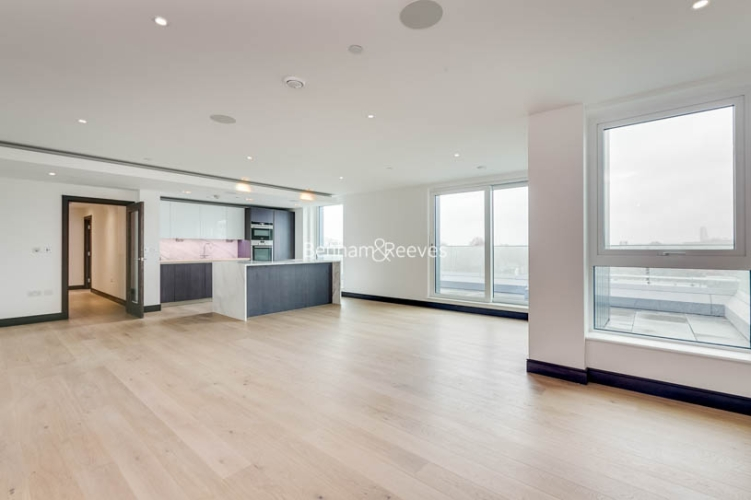 3 bedroom(s) flat to rent in Sovereign Court, Hammersmith, W6-image 2