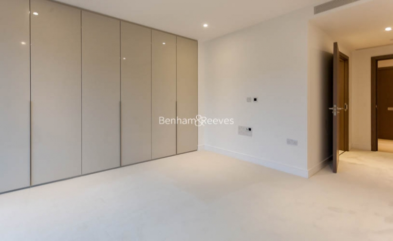 2 bedroom(s) flat to rent in Hamilton House, Fulham Reach, W6-image 9